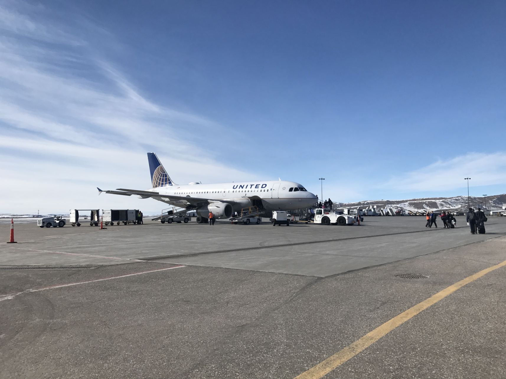 United airplane at Yampa Valley Regional Airport (HDN) Hayden Steamboat Springs ground transportation